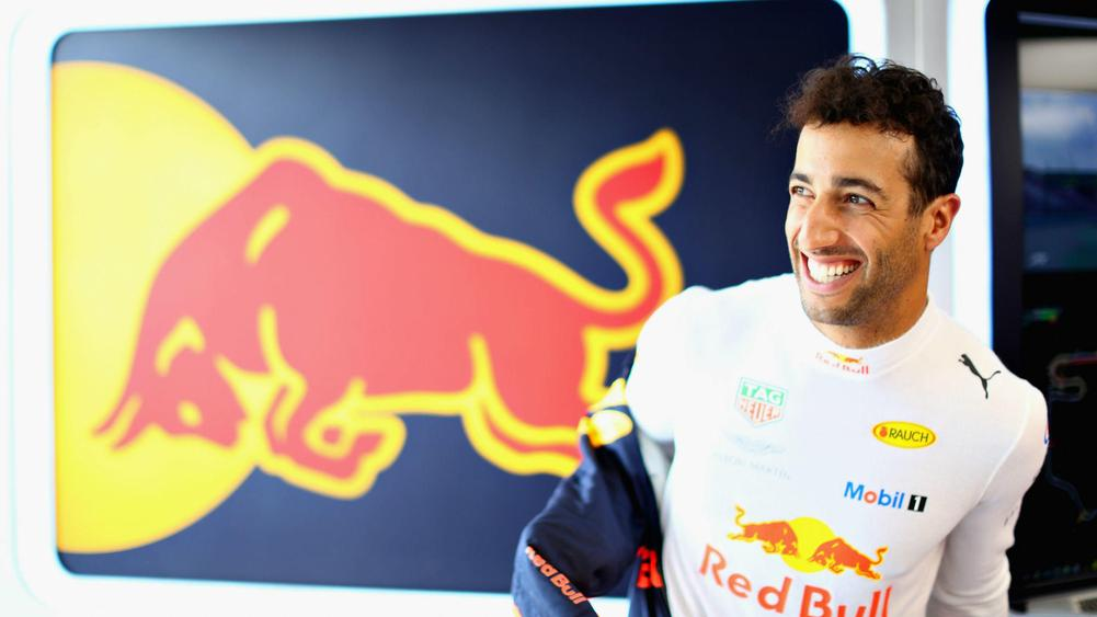 Daniel Ricciardo makes Renault switch from Red Bull for 2019