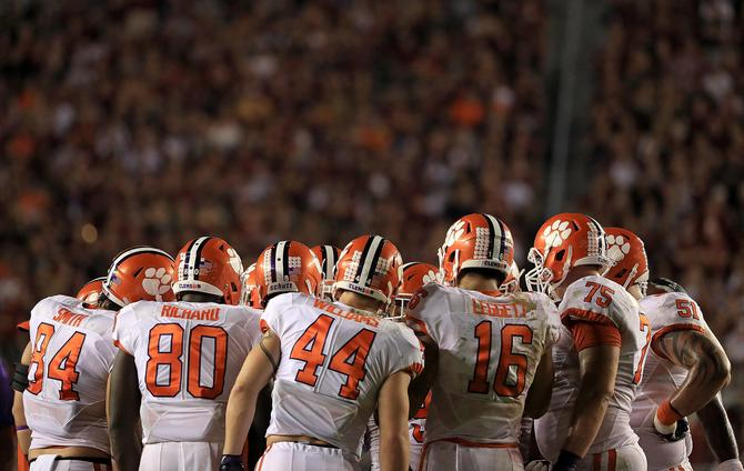 ncaa sports scores college football top 25 predictions