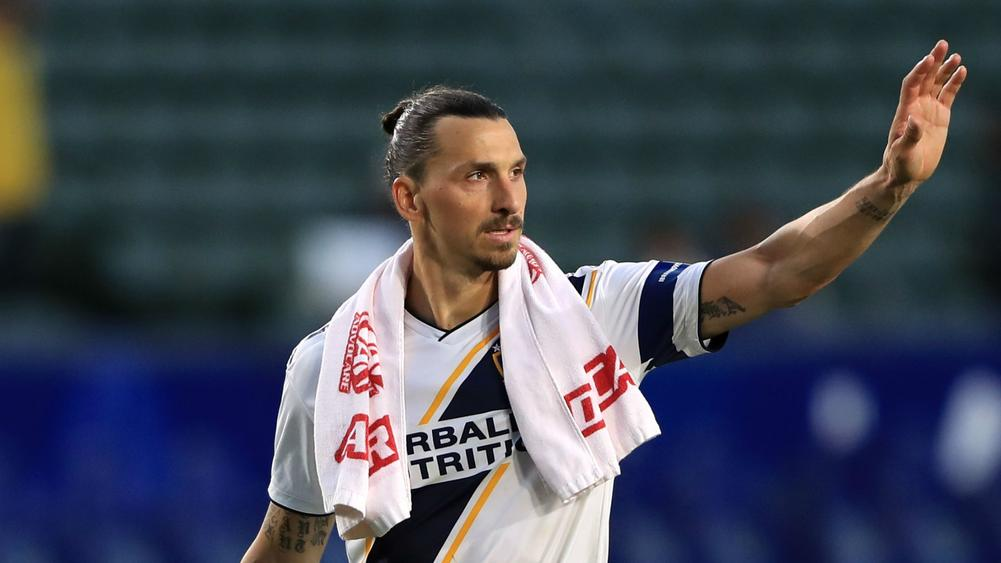 online retailer 5e05f 3d5db Ibrahimovic: I Would Do a Better Job at Ajax