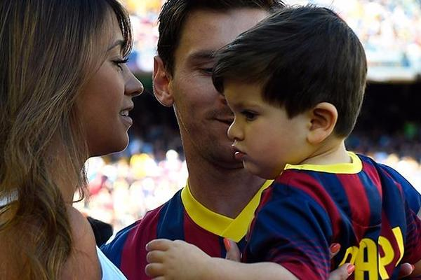 Lionel Messi's girlfriend gives birth to second son Mateo