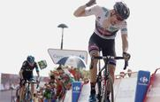 Dumoulin delight as Froome makes a move