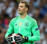 Neuer withdraws from Germany squad