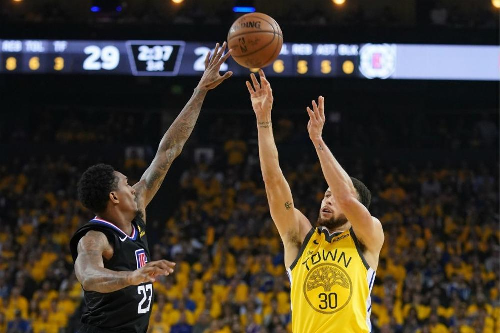 Les Clippers surprennent les Warriors