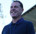 Stajcic confirmed as Mariners coach until 2022