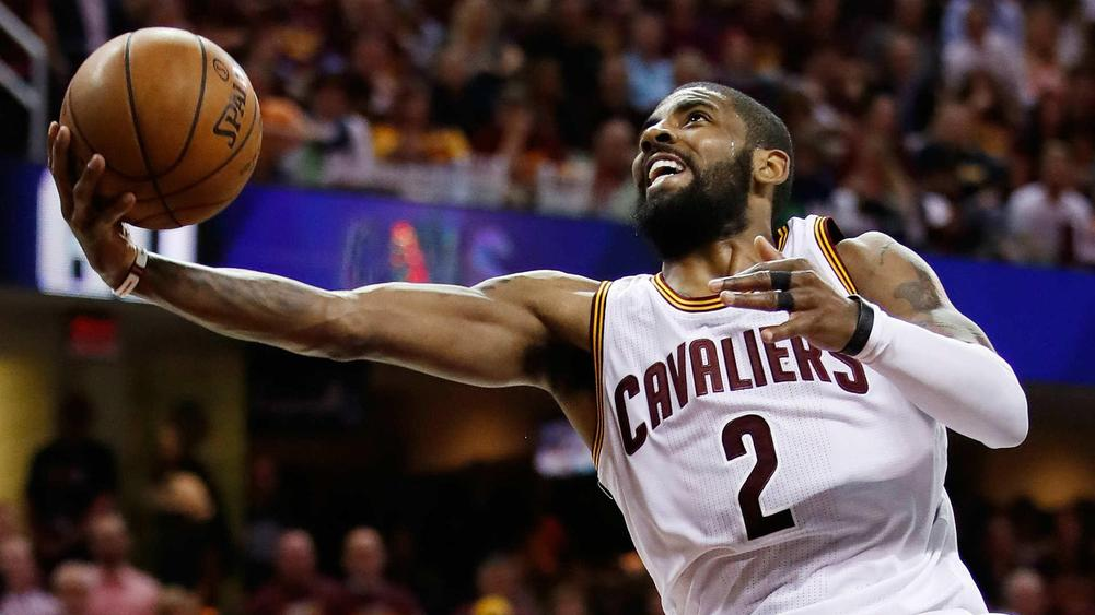 Kyrie Irving tweaks ankle in Game 4, remains in game