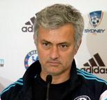 Mourinho show in Sydney press conference