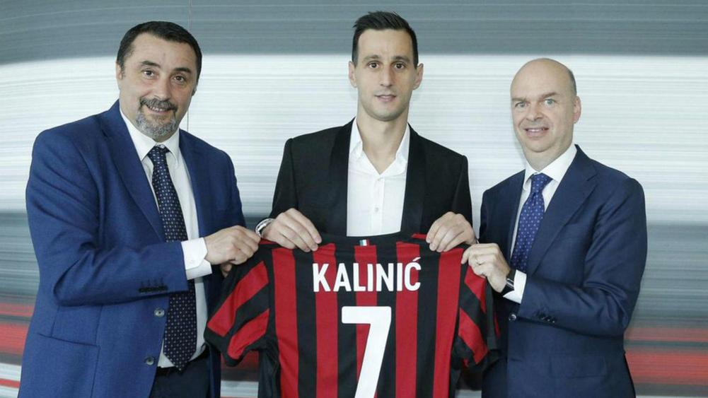 AC Milan Announce Signing of Fiorentina Striker as Summer Shopping Spree Continues