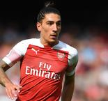 Bellerin unsettled by 'homophobic insults'
