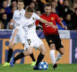 Manchester United Squander Group H Chance With Loss To Valencia