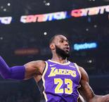 LeBron scores 42 points for streaking Lakers, Raptors down 76ers