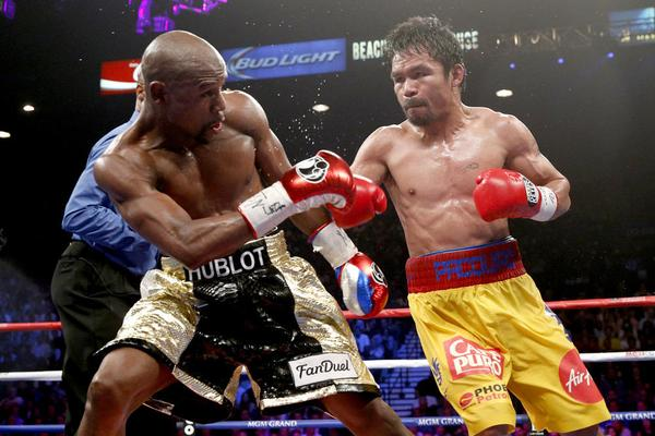 "Mayweather wins ""Fight of the Century"""