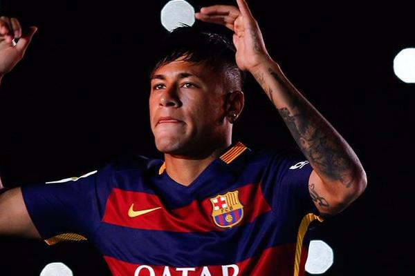 Neymar Sidelined After Mumps Diagnosis