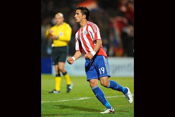 Lucas Barrios (Forward)