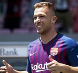 Arthur Embraces Iniesta And Xavi Comparisons