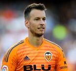 Neto replaces Cillessen at Barcelona