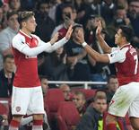 Wenger admits Arsenal could sell Sanchez and Ozil in January