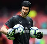 Cech denies Chelsea sporting director reports