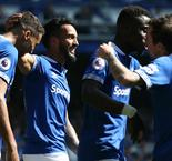 Everton 4 Manchester United 0: Toffees score biggest Premier League win over sorry Red Devils