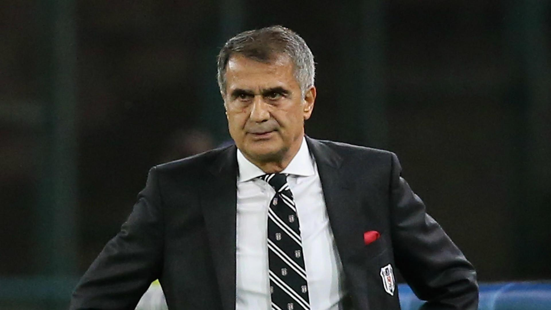 Semifinal abandoned after Besiktas coach injured