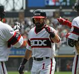 White Sox upstage Tigers, Gonzalez leads Dodgers