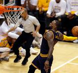 NBA : Le one-man-show génial de LeBron James