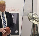 Trump wants anthem protesters off the NFL field