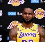 LeBron focusing on patience after first Lakers practice