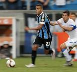 Highlights: Gremio Beat Universidad Catolica, 2-0, To Advance From Group H