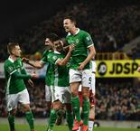 Magennis sends Northern Ireland top of Group C