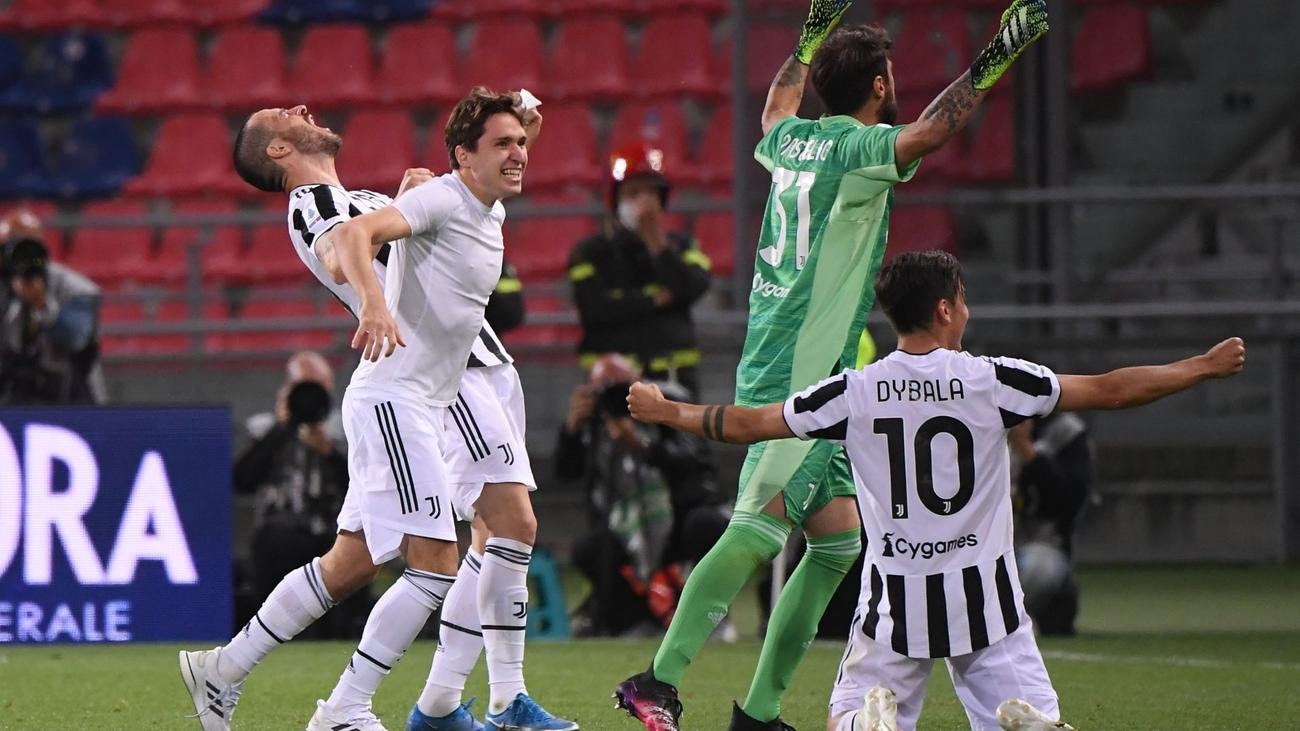 Bologna 1-4 Juventus: Bianconeri seal Champions League qualification as  Napoli miss out