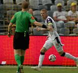 Central Coast Mariners 1 Perth Glory 4: Snapped goalpost unable to stop visitors returning to top