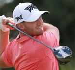 Clark leads by one at the Honda Classic