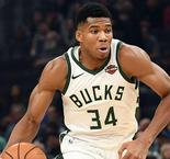 Giannis posts triple-double to lead Bucks, Warriors fall to Blazers