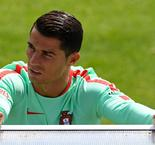 Hungary v Portugal: Santos expects Ronaldo to score after Paris horrorshow