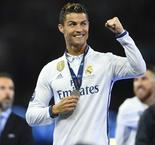 Cristiano Sings 'Ronaldo, Ballon d'Or' During Real Madrid Celebrations