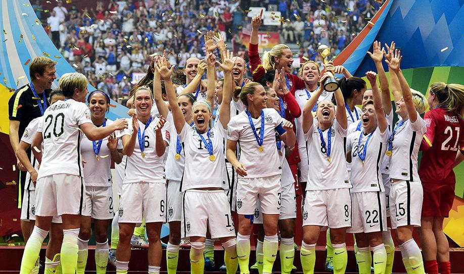 USA crush Japan 5-2 to win third World Cup title