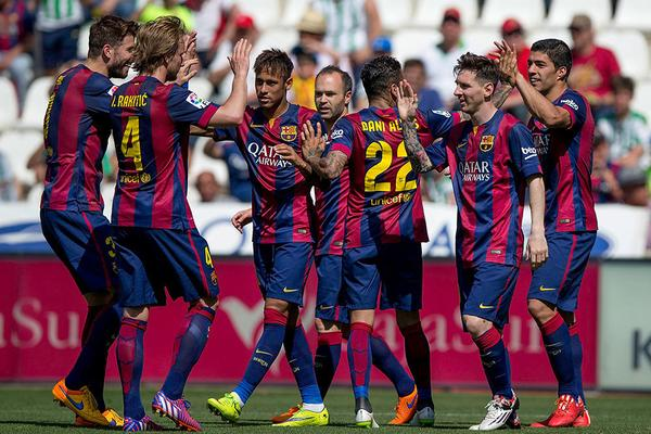 Barca & Real race continue