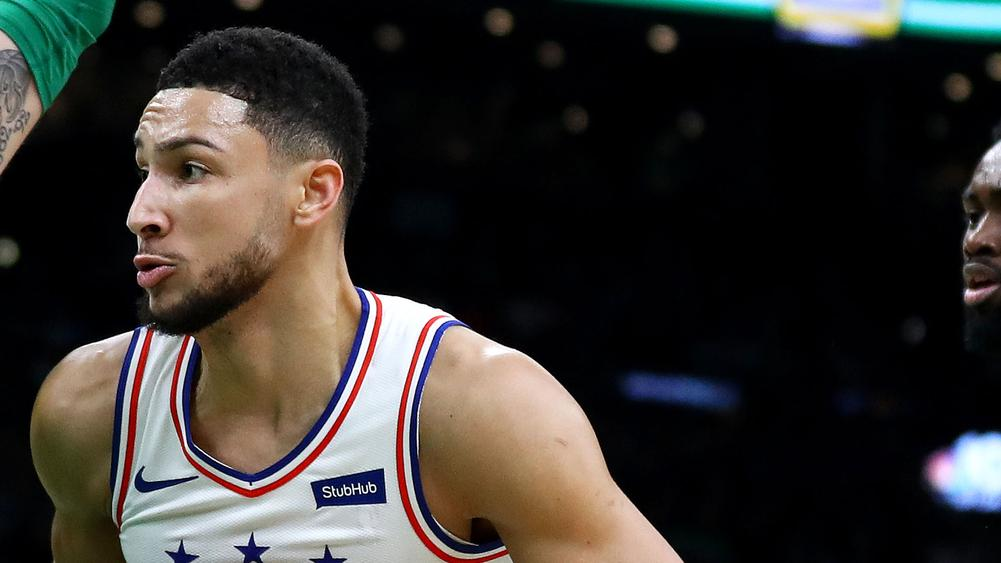 d5a7545e4c8 Simmons records triple-double as 76ers fall short against Warriors