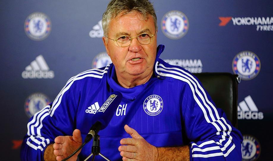Chelsea appoint Hiddink