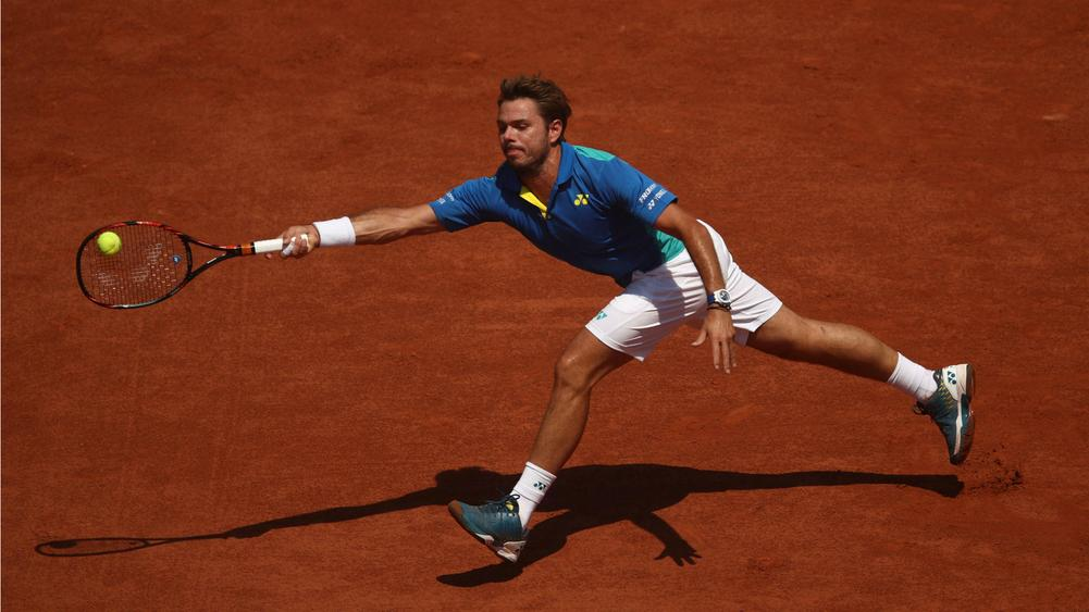 Murray, Wawrinka into French Open last 16