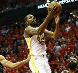 Durant signs new deal with Golden State Warriors
