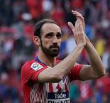 Juanfran Delays Decision On New Atletico Madrid Contract