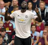 Lukaku brace lifts Manchester United past Burnley