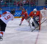 Hockey sur glace: Canada 5 Olympic Athlete from Russia 0 - Femmes
