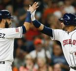 Astros rally to beat Yankees, Swanson shines