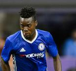 Lyon snaps up Traore from Chelsea