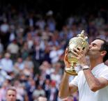 Roger Federer Outclasses Teary Marin Cilic to Make Wimbledon History