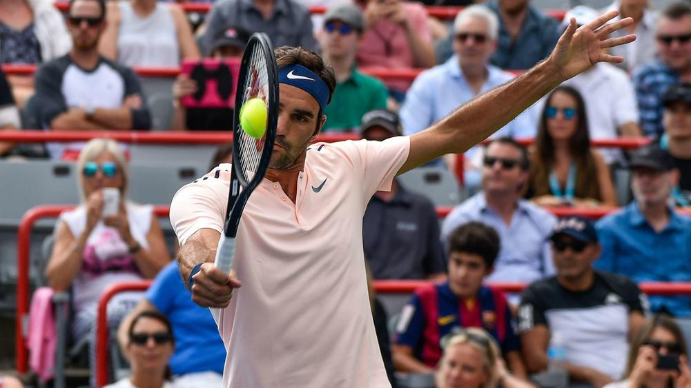 Zverev sets up Federer final after topping teenager Shapovalov