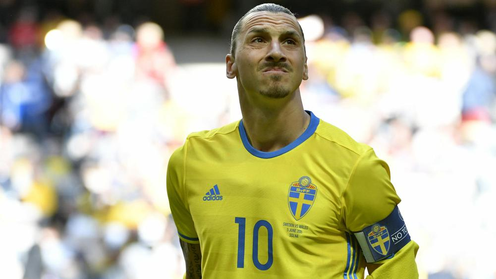 Raiola will try to persuade Zlatan to play in World Cup