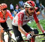 De Gendt storms to stage eight victory as Thomas recovers from crash